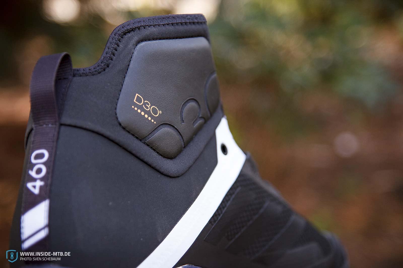 8b511edb6ce Wie auch schon beim Adidas Terrex Trailcross findet die 5.10 patentierte  STEALTH Sohle ihren Einsatz. So soll der Schuh in der Theorie steif genug  sein um ...