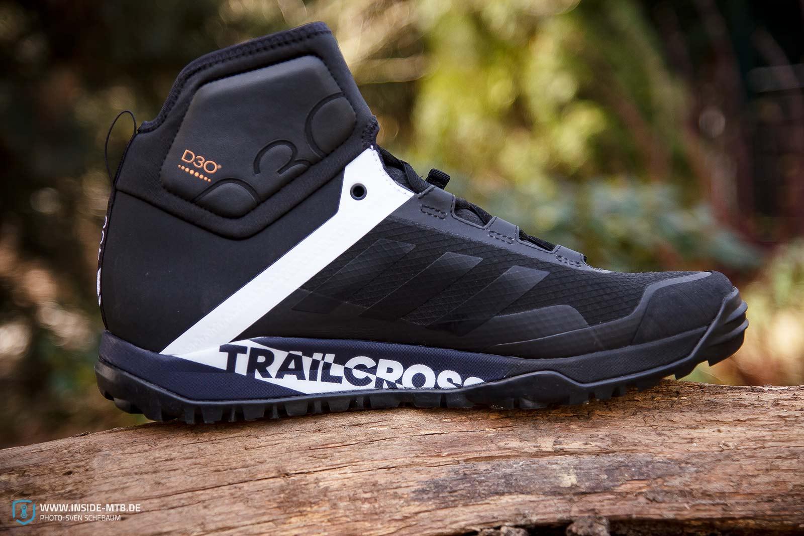 8754ee7cbf3 Adidas Terrex Trailcross Protect  Beste Rüstung für Herbst und ...